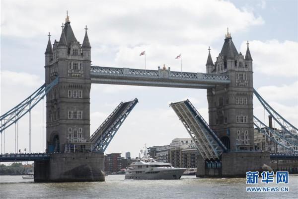 (国际)(1)伦敦塔桥迎来125周岁生日